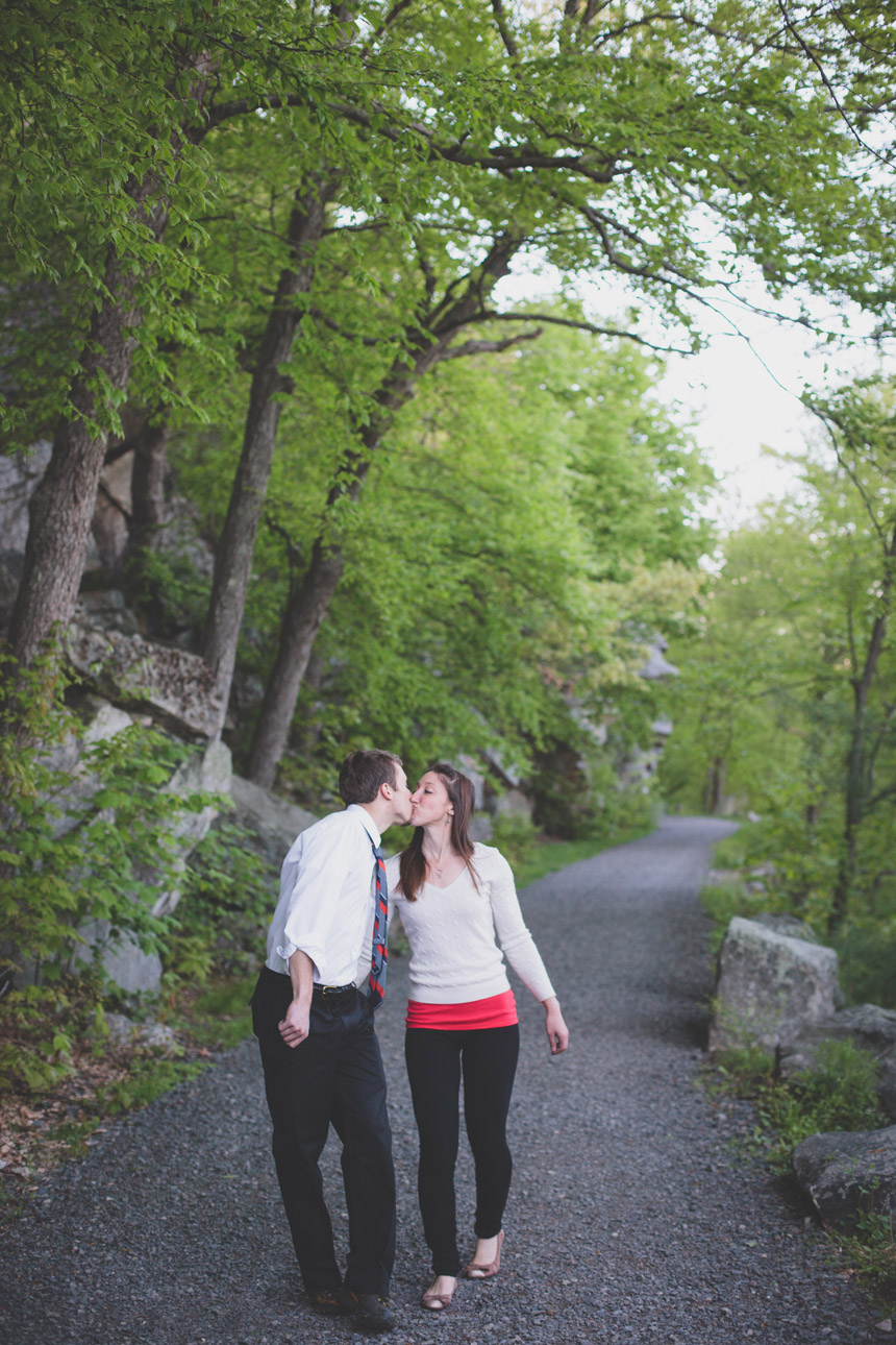 amy & chris mohonk climbing engagement photography 43