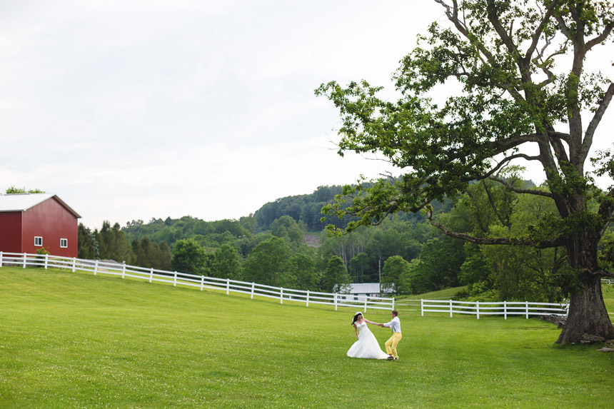 mollie & brad's friedman farms wedding 102