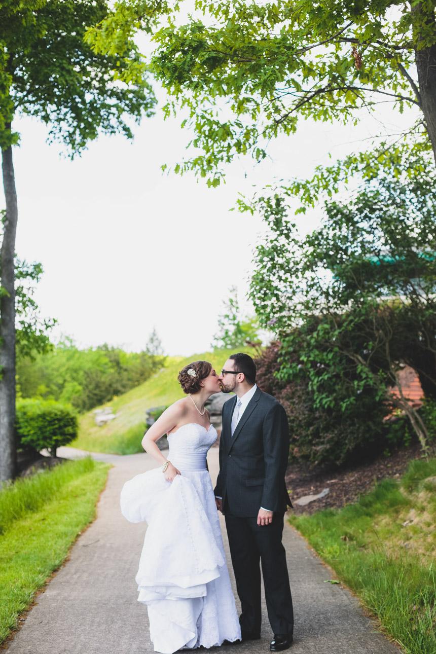 Tiffany & Brian Glenmaura Scranton Wedding Photography 028