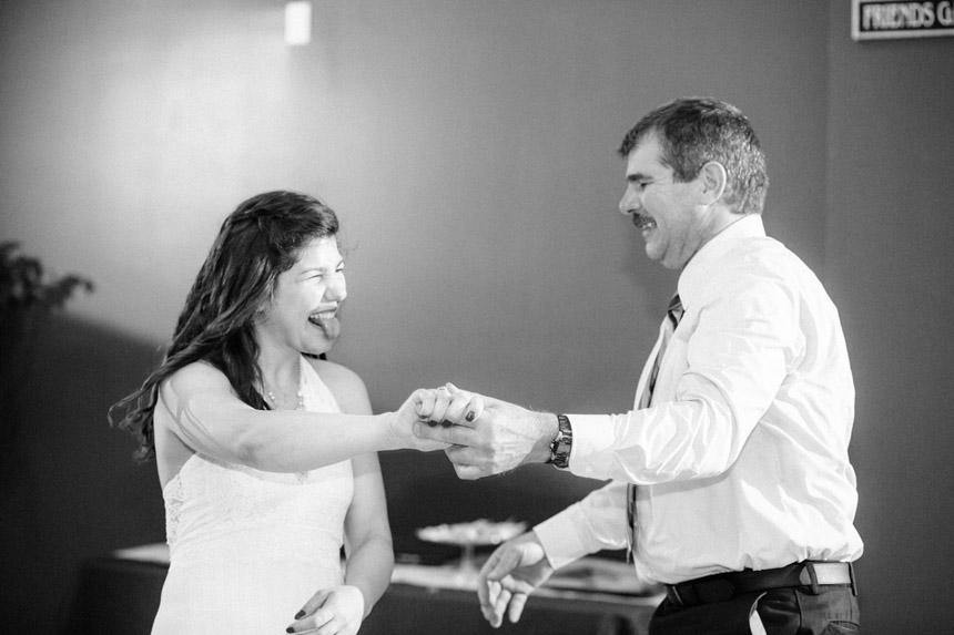 Mel & Garet Hagerstown Park Wedding 075