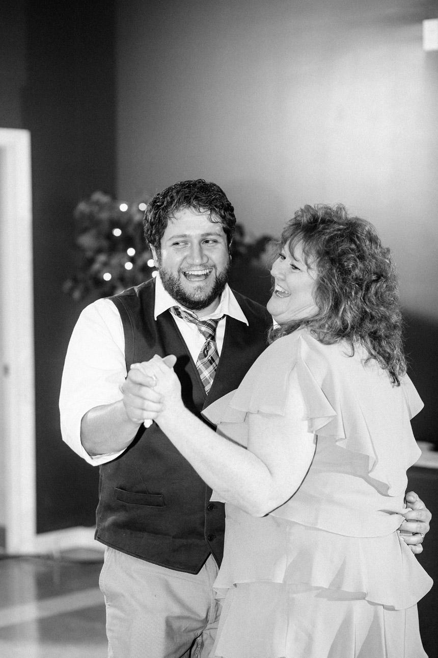 Mel & Garet Hagerstown Park Wedding 077