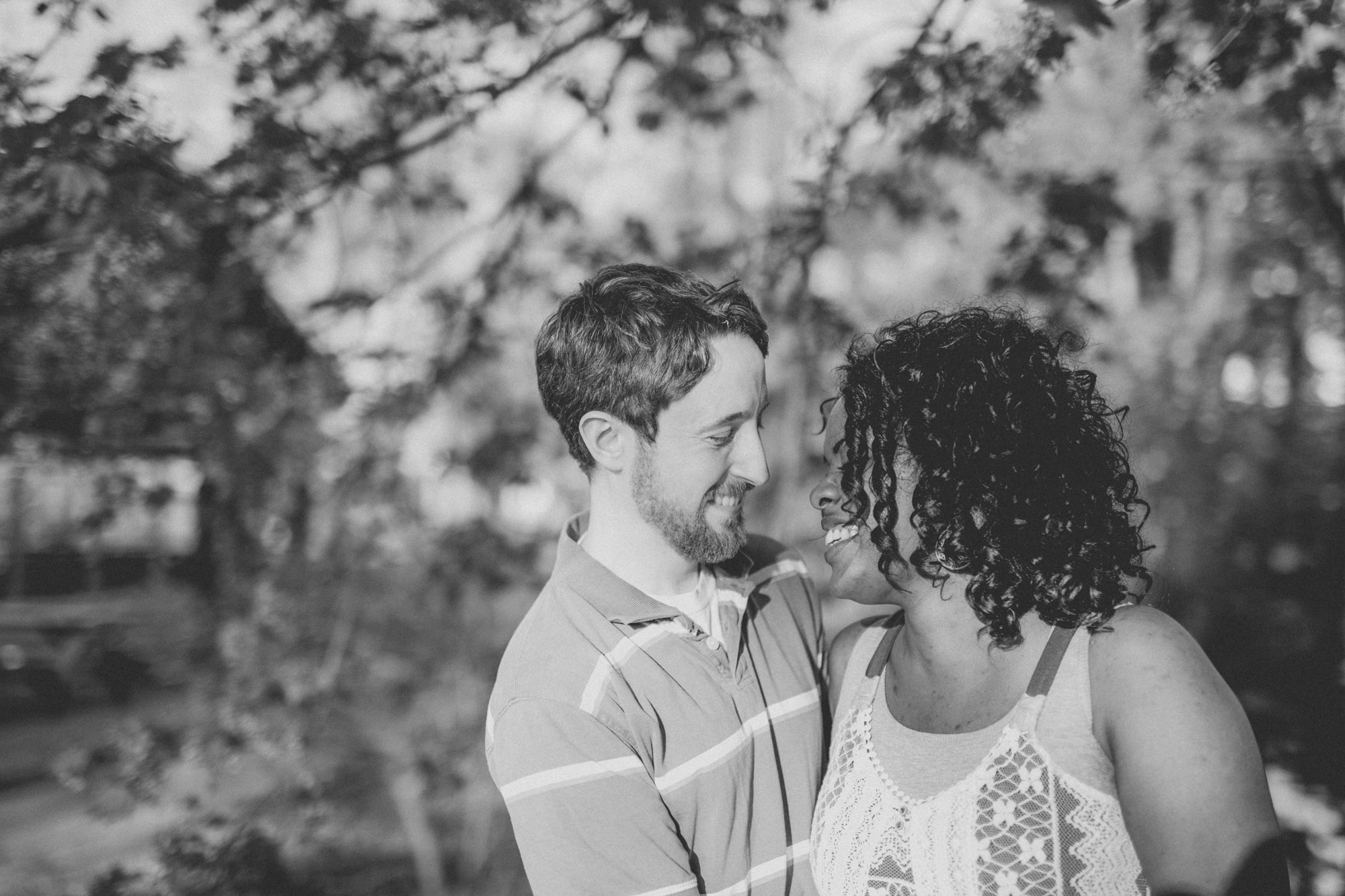 Quakertown Memorial Park Engagement Photos 09
